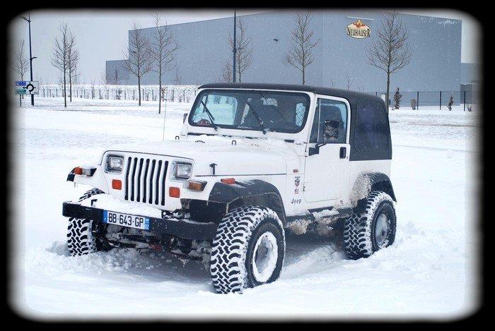 Jeep Wrangler YJ 1990 dans Jeep Wrangler 1990 neige-2-12.03.2013-0101